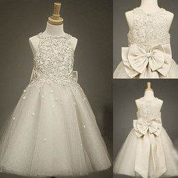 Wholesale Party Prom Dresses Baby Girls - 2015 Cheap Lace Tulle Sheer Girls Kids Flower Dresses with Bow Baby Formal Occasion First Communion Party Prom Skirt Charming Real Pictures
