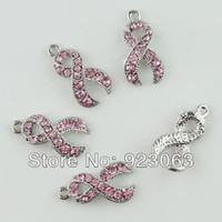 Vente en gros 20pcs / lot Pink Rhinestone Crystal Ribbon Breast Cancer Awareness 18K Plaqué Pendentifs Pendentifs Pendentifs
