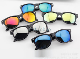 Wholesale Children Girl Hot - new fashion hot sale children reflective glasses rivet kids sunglasses boy girl cool multi color wholesale free shipping