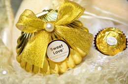 Wholesale Shell Wedding Favor Boxes - 50Pcs Lot HOT 2014 Gold Color Shell Candy Boxes Beautiful Shells Wedding Favor Holders Free Shipping In Stock
