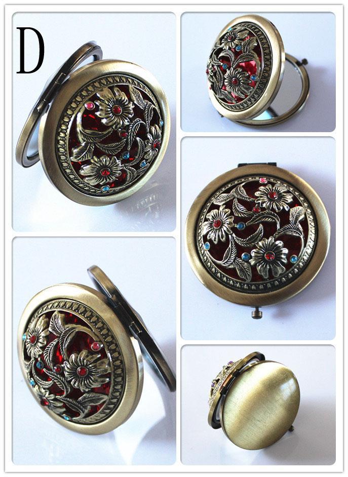 Mulheres Bolso Chique Estilo Retro Vintage Borboleta / flor / Pavão Maquiagem Cosméticos Bolso Compacto Espelho Inoxidável
