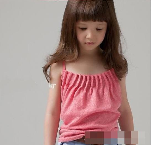 Girls masterbate with dildos