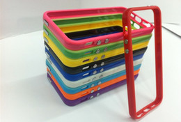 Pour iPhone XR XS Max Coloré TPU Caoutchouc Bumper Case Case Cover avec Boutons En Métal Pour iPhone 5 5S 5G 6 6S 7 8 Plus X Avec Paquet Au Détail ? partir de fabricateur