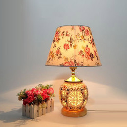 $enCountryForm.capitalKeyWord NZ - Chinese Classical Ceramic Bedroom Beside Table Light Creative Country Rustic Hotel Table Lamp Marble Base Study Room Desk lamp