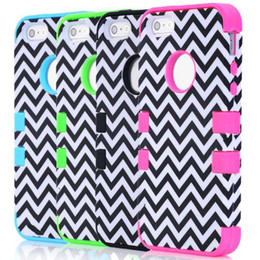 Wholesale Tribal Hybrid - S5Q Chevron Tribal Hybrid Impact Hard Case Combo Cover Back Skin For iPhone 5 5S AAACZQ