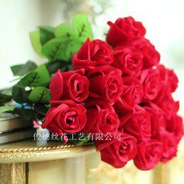 papillons artificiels bleu violet Promotion Amoureux de gros de fleurs artificielles de velours rouge simple rose