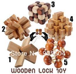 montessori giocattoli anno vecchio Sconti Giocattoli educativi di legno tradizionali cinesi divertenti per bambini adulti Intelligence Education Puzzle Lock Bambini giocattoli di legno del bambino