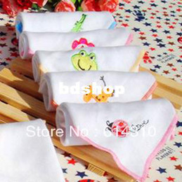 Wholesale Baby Facecloth - Free shipping 10pcs lot double layer gauze small bib feeding towel facecloth infant handkerchief high quality