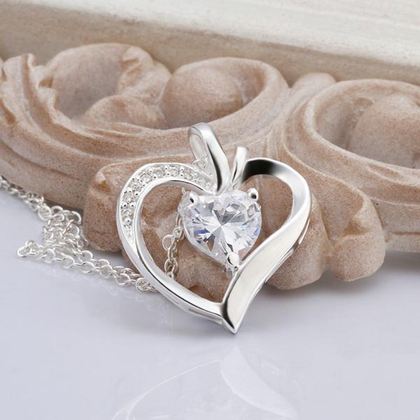 Zircon hjärta hängsmycke halsband mode smycken 925 Silverpläterade bröllopsgåvor för kvinnor högkvalitativ gratis frakt 10st /
