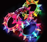 pulseras parpadeantes al por mayor-NUEVO HOT Led Light Up Party parpadeante parpadeante Spike Bracelet Wedding Rave parpadeante luz intermitente regalo PIE Carnaval collar juguetes