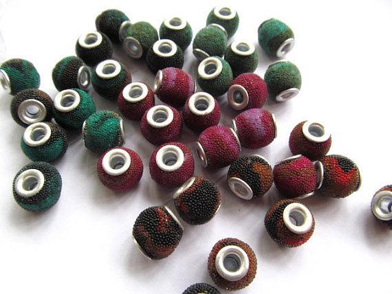 25% di sconto - 50pcs 12mm Micro Pave in polimero Argilla Crystal strass Round Ball ottone spacer perline multicolor connettore tallone