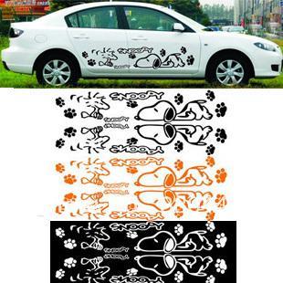 Freies Shpping 1 Paar Snoopy Ganzkörper Auto Aufkleber Reflektierende Aufkleber Auf Den Ganzen Körper Autoaufkleber Papier Transformator Niedlich
