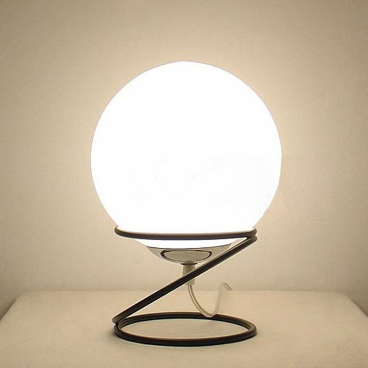 2018 Modern Glass Ball Table Lamps Creative Ivory Lighting Fixture ...