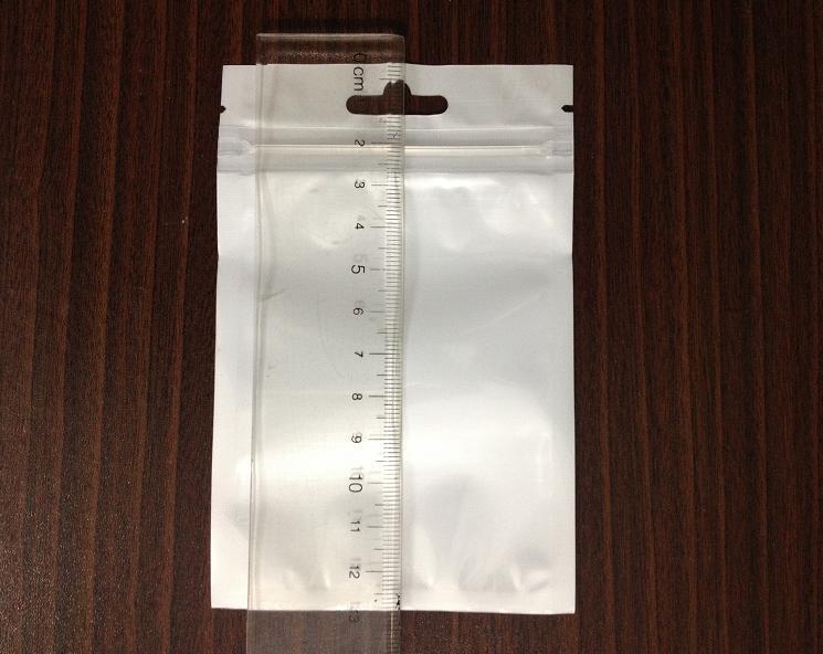 2014 Senaste förpackningsutveckling 8,5 * 13 Rengör + Blå Zipper Plast PP Poly Väskor Förpackningsförpackning Zip Lock Plastväska för elektroniska produkter
