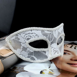 Wholesale Plain Black Masquerade Masks - Newest Lace Mask Hand Made Half-face Plain Red Black & White Masquerade Ball Masks Party Masks Lace Masks