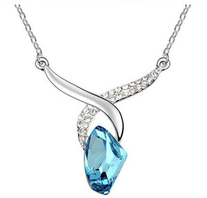Wholesale Austrian Crystal Pendant Necklace Love Diamond Jewelry Women s Wedding Jewelry Fashion Necklaces Pendant colors