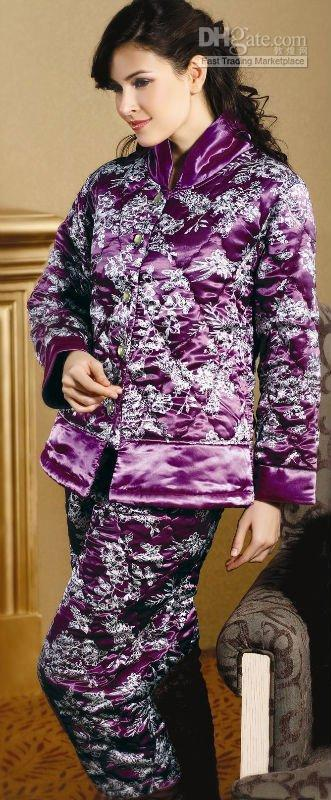 434659ee4e 2019 Retail Whosale Women s Quilted Winter Pajamas China Top Brand Pajamas  2010new Style01 From A2707139