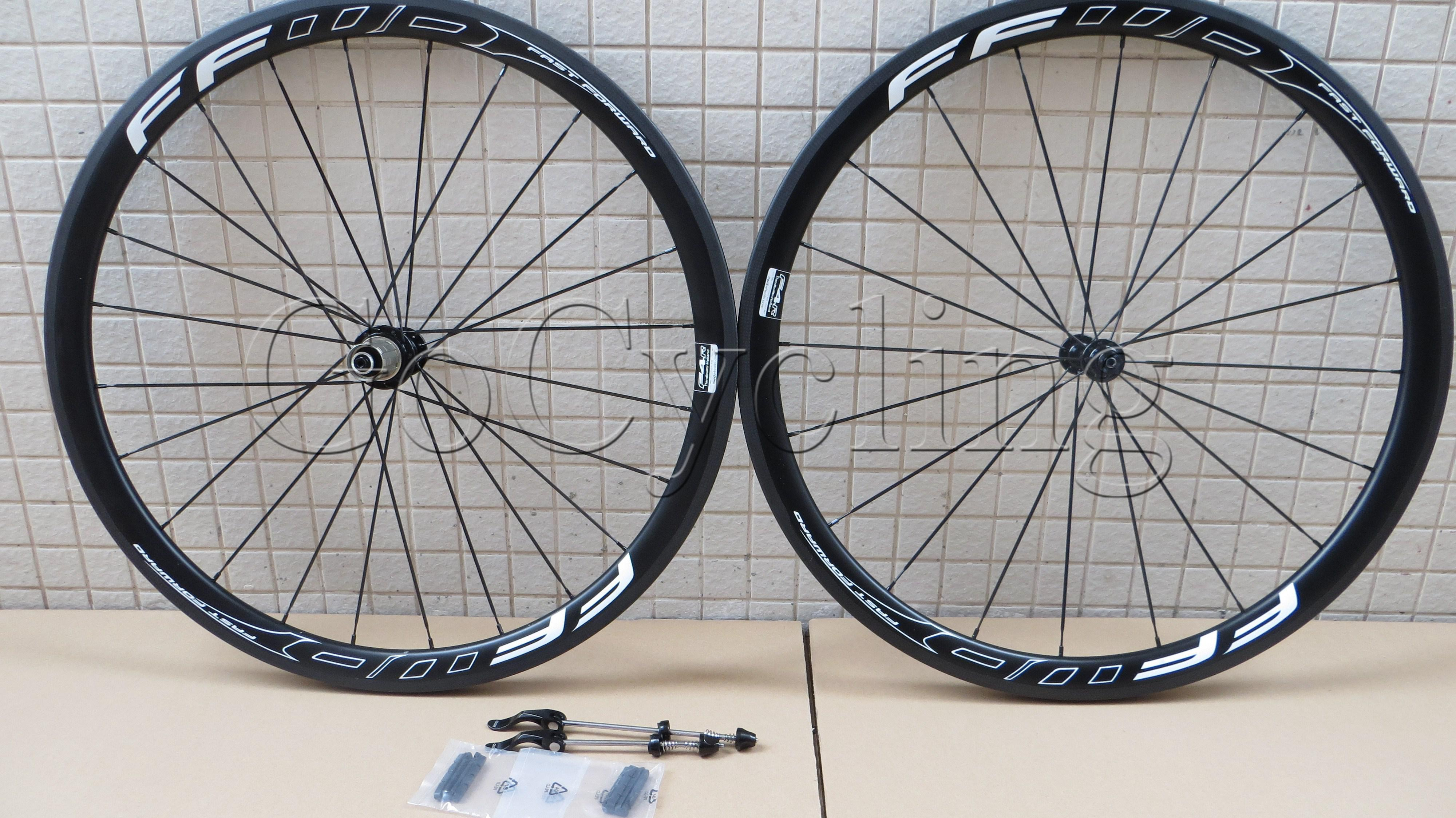 FFWD fast forward F4R 38mm carbon bicycle wheels clincher tubular road bike wheelset basalt braking surface white and black UD matt