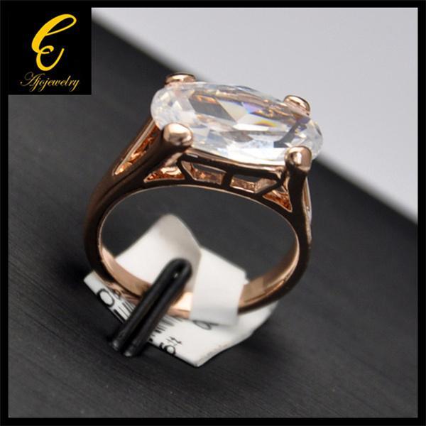 2014 جديد وصول مجوهرات الزفاف روز مطلية بالذهب الكبير الزركون خواتم الخطبة للنساء / رجال
