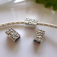 "Wholesale moms hole - 20pcs Antique Silver Metal plated Inscribed with ""SUPER MOM"" Big Hole Beads Charms For European Bracelet Chain Jewelry Findings"