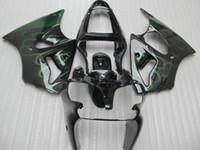 zzr carenados verde al por mayor-Kit de carenado de inyección para ZZR600 05 06 07 08 2005 Carrocería ZZR 600 2006 2007 2008 Green Flames Black Fairings Set + 7 regalos