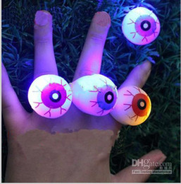 Wholesale Big Eye Ring - New Halloween LED Flashing Soft Rubber Eye Ring Kids Toys Novelty Design Party Decoration Supplies Christmas Gift For Adults and Childr