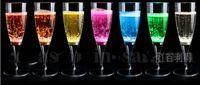 destellando vasos al por mayor-6.8 * 18 CM Acrílico Líquido activo LED Champagne Glass Cup iluminar LED Flash Champagne Glass Drink Cup club bar boda suministro