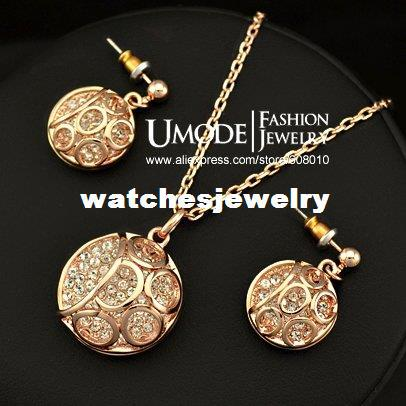 Italian Design 18K Rose Gold Plated Round Pendant with Crystal