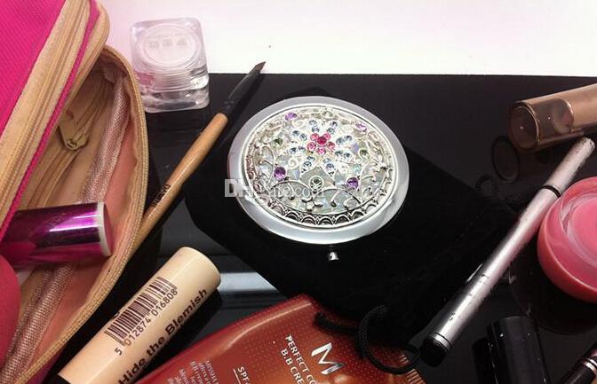 Bronzo antico incavo doppio pieghevole portatile in metallo inciso cristallo ingrandimento multi colore trucco specchio bomboniera regalo