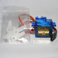 Hot vente 2X TowerPro SG90 Micro Petit moteur servo RC Robot Helicopter Avion Controls M0015