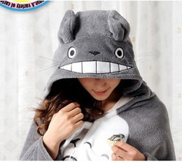 Wholesale Anime Badges - Wholesale And Retail Cute My Neighbor Totoro cape Lovely Plush Soft Cloak Anime air-condition Shawls cosplay totoro cloak and totoro BADGE