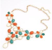 blumenharz halskette großhandel-2014 Bib Statement Choker Halskette Harz Blume für Frauen
