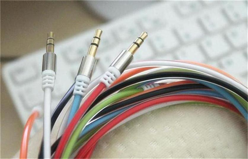 الملونة الذكور إلى الذكور 3.5 ملليمتر جاك إلى 3.5 ملليمتر 6 ألوان الكريستال كابل الصوت ل الهاتف الخليوي الهاتف الذكي سيارة aux للهاتف مشغل cd 100 قطعة / الوحدة