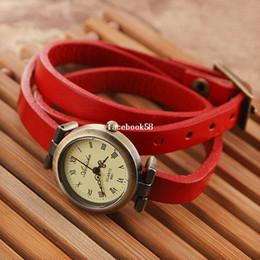 $enCountryForm.capitalKeyWord Canada - 2pcs lot Women Dress watch Bracelet Watches Bronze Alloy Dial Long Strap Rome Quartz Watch 3 Circles Lady Wristwatch YJP44