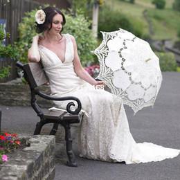 Wholesale Handmade Ivory Lace Fan - handmade White and Ivory Battenburg Lace Vintage wedding bridal Umbrella Parasol For Bridal Bridesmaid Wedding