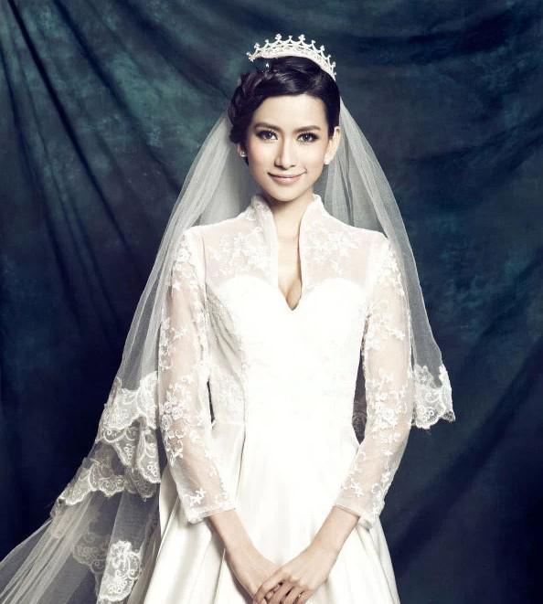 2015 In Stock Cheap Long Veils One Layer Three Meters 15 Short White Ivory Lace For Cathedral Beach Garden Wedding Prom Dress Bridal Shower