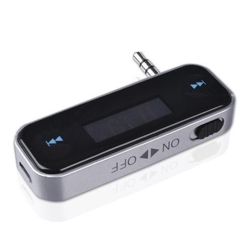 Trasmettitore radio FM FM universale da 3,5 mm auto LCD stereo iPhone 4S tutti i telefoni cellulari / mp3 vivavoce auto K