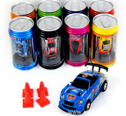 Ingrosso Epacket 8 colori Mini-Racer Remote Control Car Coke Can Mini Radio RC Telecomando Micro Racing 1:64 Auto 8803