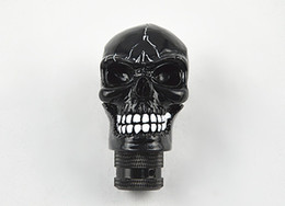 Free shipping Universal Manual Car Gear stick Shift Shifter Lever Knob Wicked Carved Skull New Decoration black Shift Knob