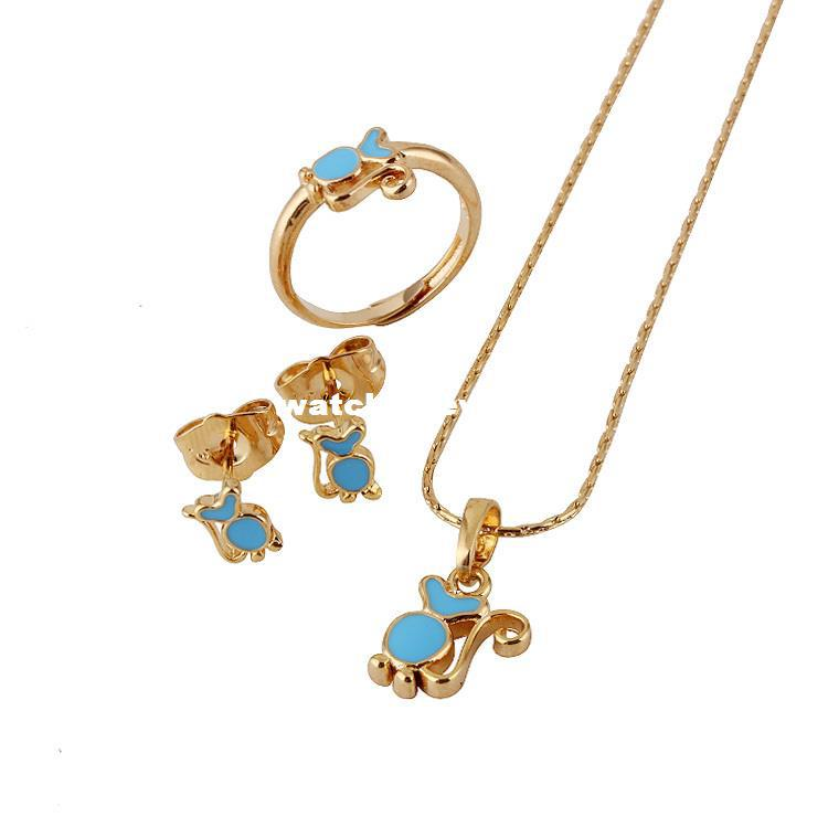 costume necklace fashion girl filled romantic baby gold kissing jewelry pendant