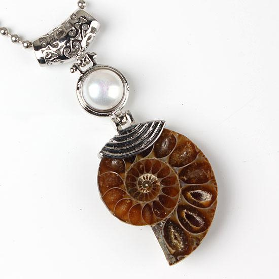 الجملة 10 قطع سحر الفضة مطلي الأحفوري العموني الطبيعي مع مختلف ستون قلادة الخرز قلادة مجوهرات للقلادة
