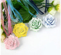Wholesale Jewellery Yellow Rose - Handmade Pink Blue Green Yellow Rose Flower Pendant Necklace Bridal Accessories Costume Jewellery 5pcs lot ZH1421