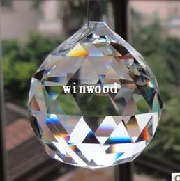 10 Adet / grup, Ücretsiz kargo 30mm kristal yönlü top, düğün fengshui ürünleri için kristal avize top parçaları, X-MAS dekorasyon nereden