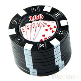 Три руки онлайн-Новый металл три слоя Покер Стиль Травяной Травяной Табак Grinder Рука Мюллера Черный для курительных принадлежностей для труб