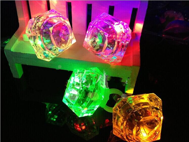 Prom LED Flash Imitation Diamond Finger Ring Hand Laser Finger Ring Light Kids Toys For Party Bar Christmas Gift Bulk Supplies