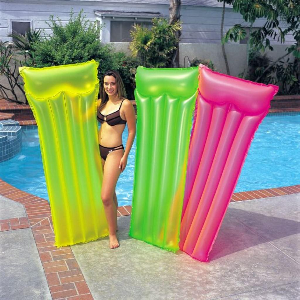 2018 Popular Fluorescent Colorful Inflatable Floating