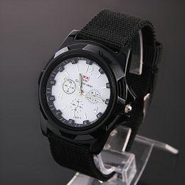 Wholesale Trendy Digital Wrist Watches - Hot sale Men's Luxury Analog new fashion TRENDY SPORT MILITARY STYLE WRIST WATCH GEMIUS ARMY quartz watches free shipping