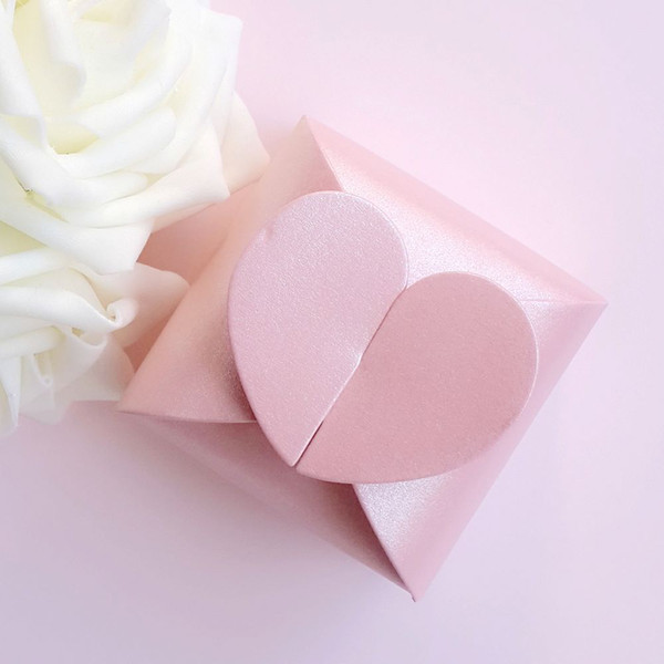 100pcs Square Candy Boxes Heart shaped Wedding Favor Gift Jewelry Box color in White / Pink / Purple / Ivory