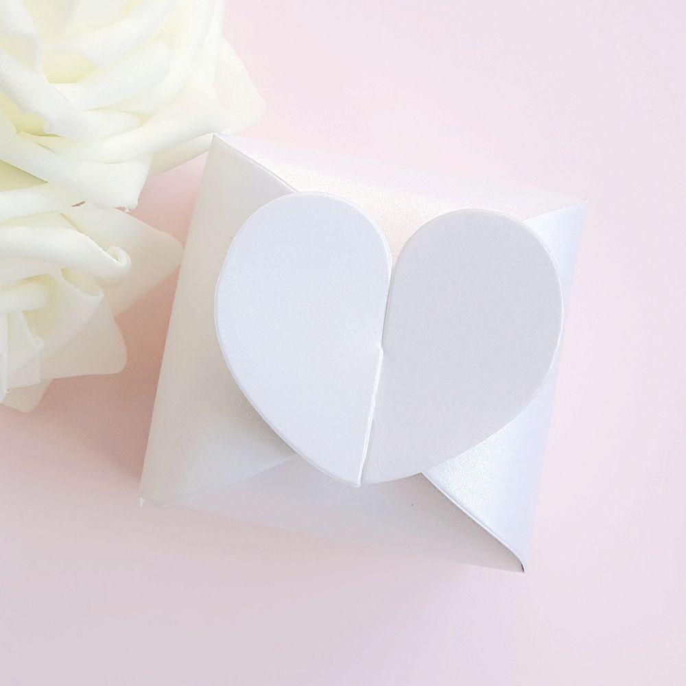 Heart-Blue-candy-boxes