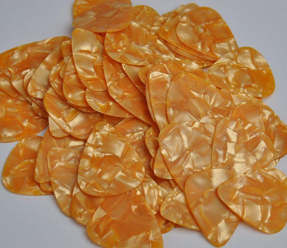 of Medium 0,71mm plettri Plettri Celluloide Perla Arancione